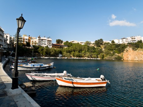 dreamstime_7637222_Agios Nikolaos boat harbor on Crete island, Greece